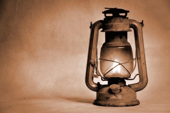 lampe-a-essence-vintage