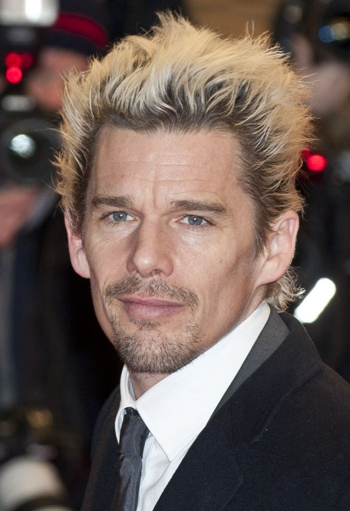 meche-blonde-homme-coupe-homme-degrade