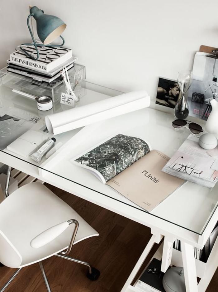 meuble-bureau-design-bureau-blanc-avec-plateau-verre