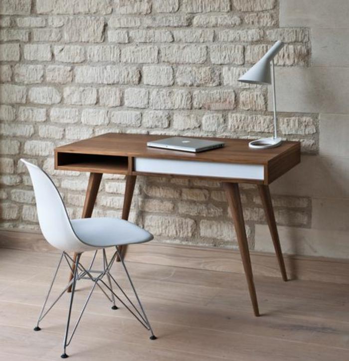 meuble-informatique-briques-blanc-chaise-lampe
