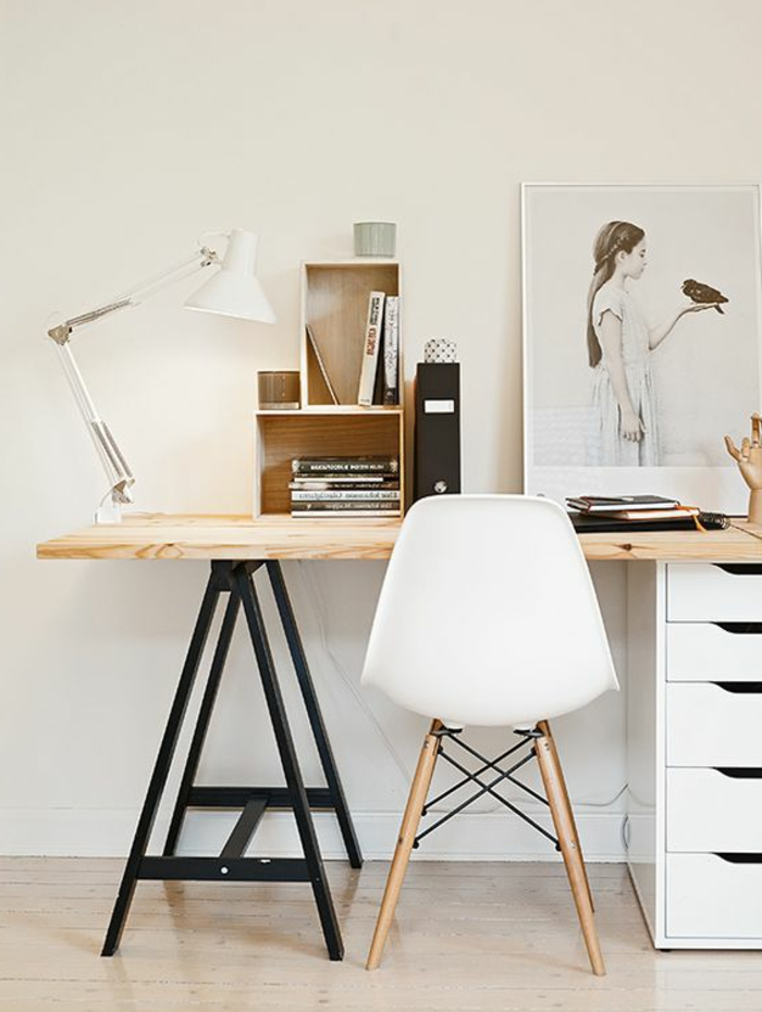 meuble-informatique-chaise-blanc-simple-murs