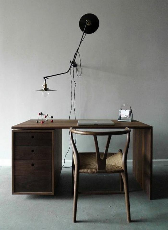 meuble-informatique-lampe-chaise-bois-reel
