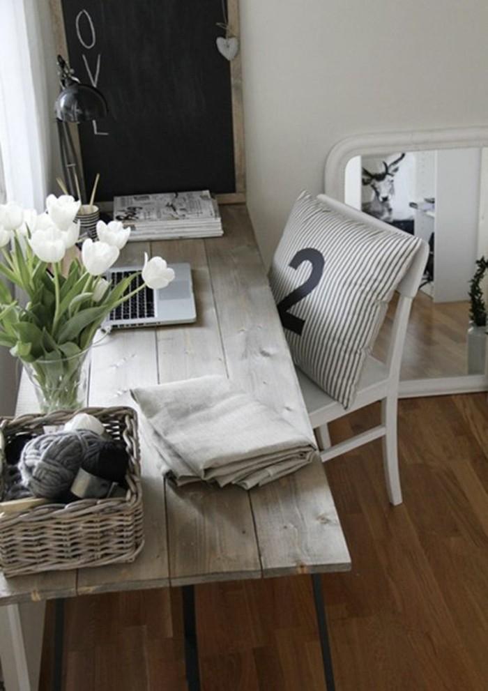 meuble-informatique-oreiller-gris-nombre-chaise