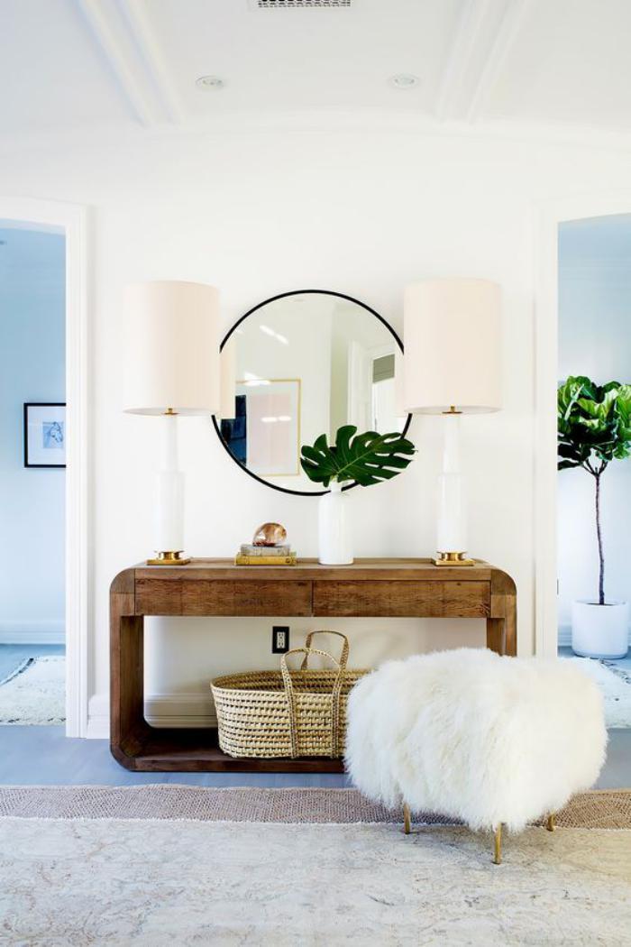 miroir-d-entree-console-d'entree-en-bois-mur-blanc