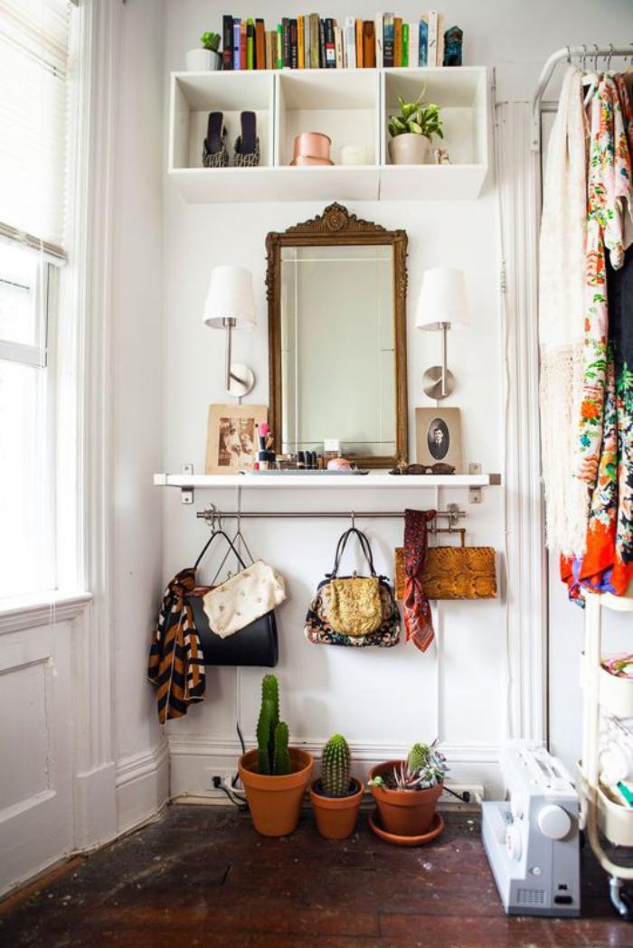 miroir-d-entree-porte-vetements-metalliques