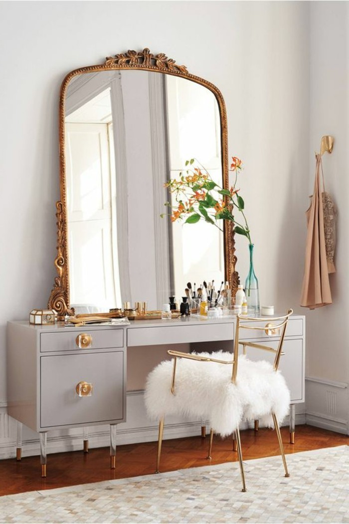 Grand miroir chambre fille for Grande chambre fille