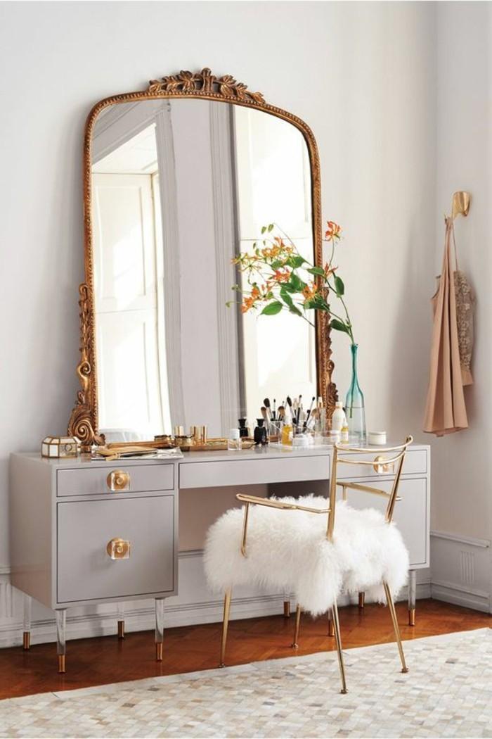 miroir-grand-format-cadre-dor-gris-toilette