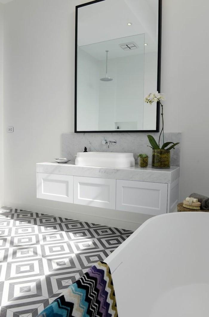 miroir-grand-format-fleur-vert-mur-blanc