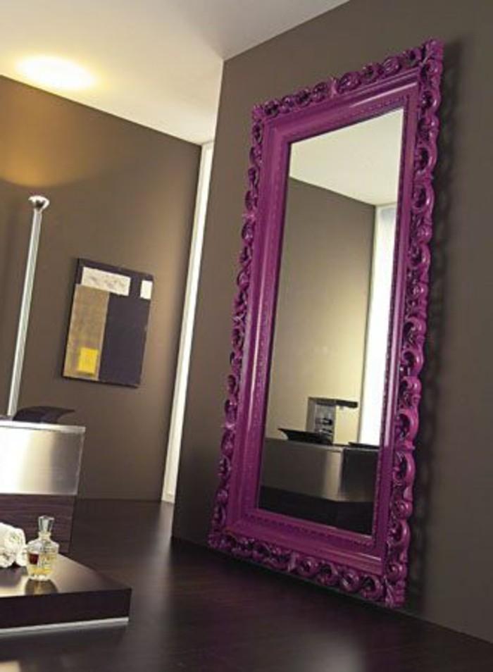 miroir-grand-format-lilas-mauve-chambre-lampe-beige
