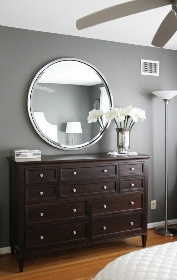 miroir-grand-format-rond-commode-mur-fris-blanc