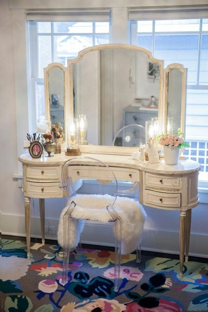 miroir-salle-de-bain-armoire-moderne-et-chic-et-une-chaise