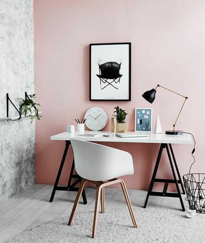 mobilier-de-bureau-contemporain-mur-rose-chaise-blanche