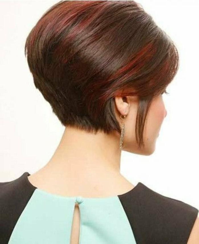 modele-coupe-courte-femme-coupe-courte-asymetrique-cheveux-rouges