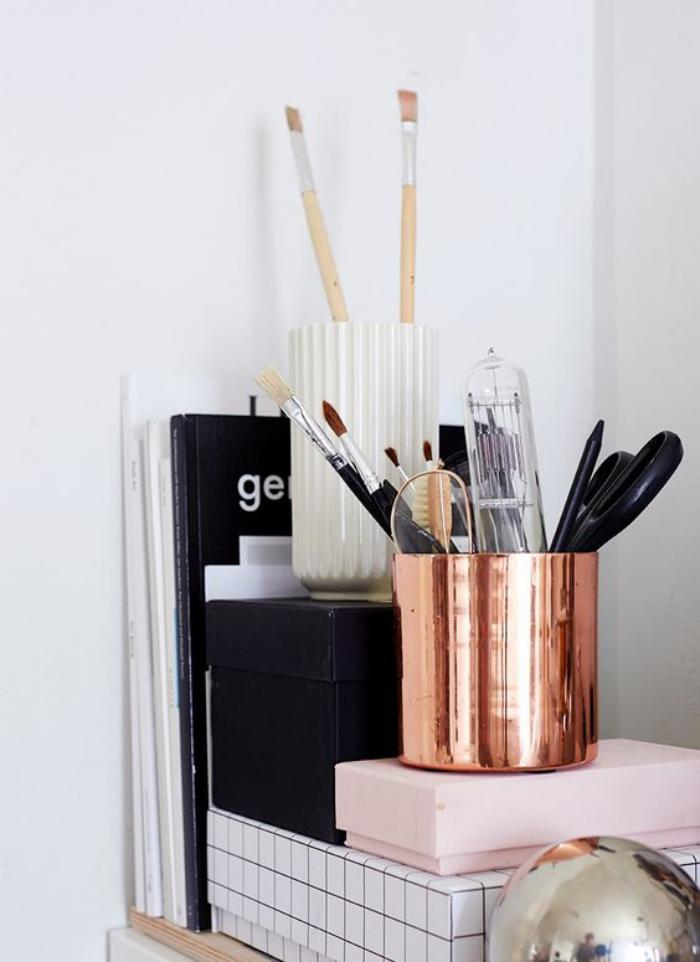 organisateur-de-bureau-boites-de-rangement-et-bac-a-stylos-original