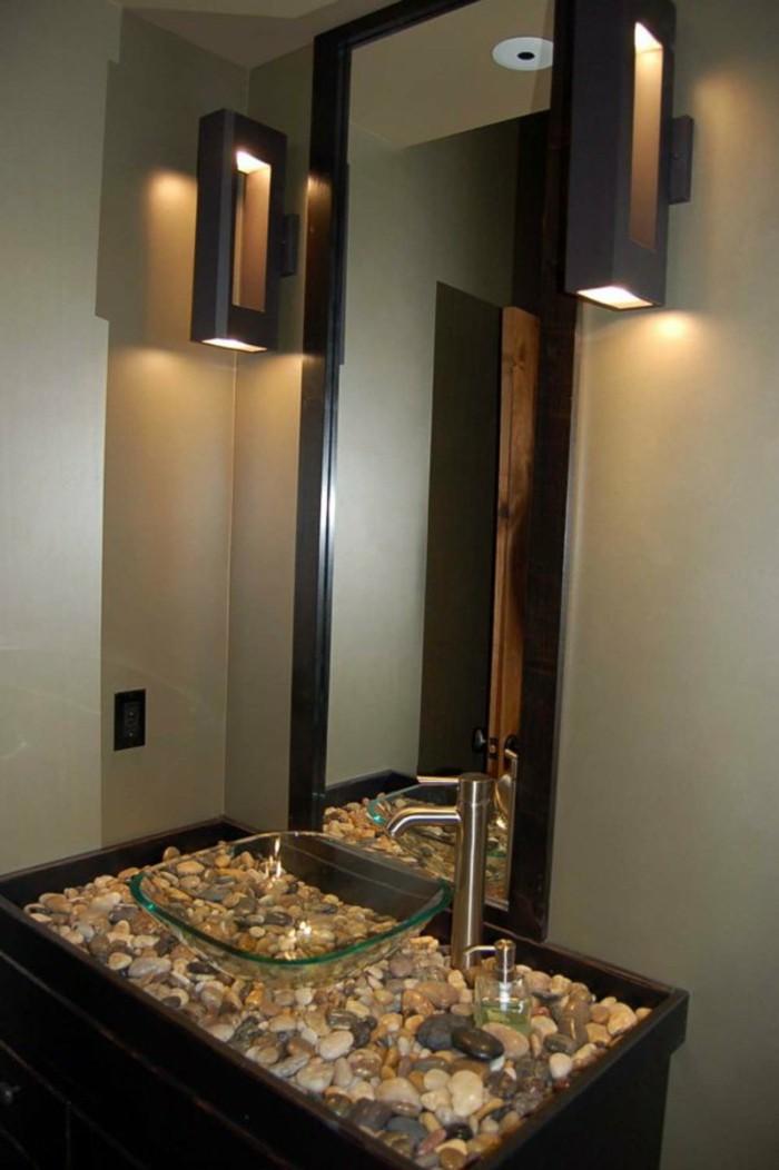 originale-idee-pour-le-lavabo-dans-votre-salle-de-bain-moderne-vasque-en-verre