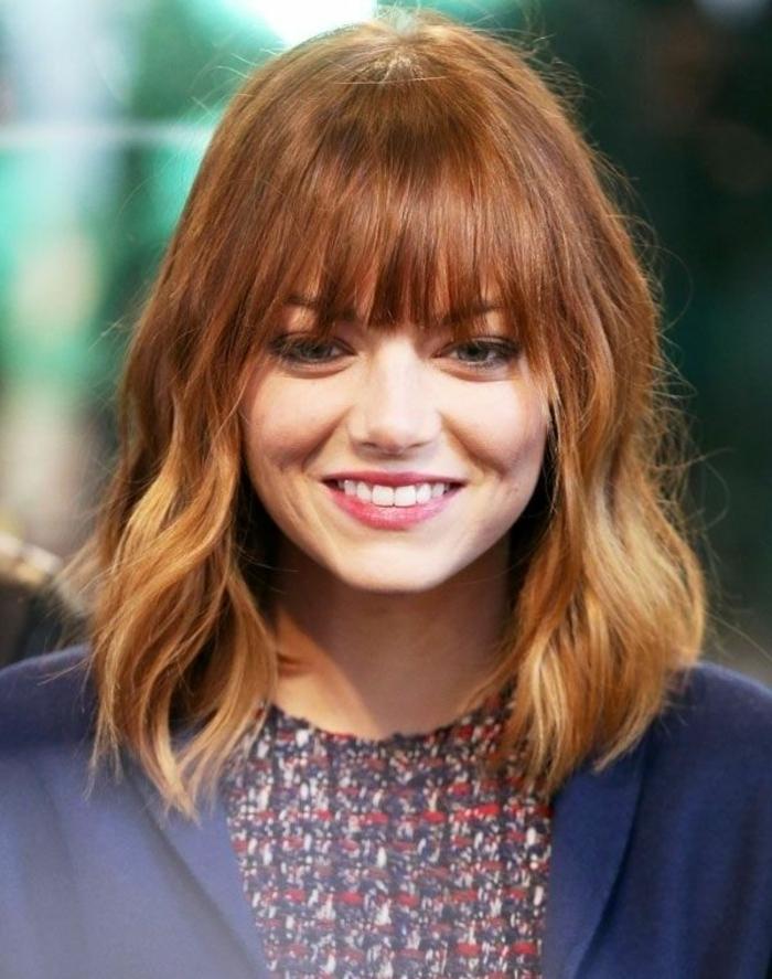 parfaite-idee-coiffure-simple-et-rapide-cheveux-roux-mi-longs