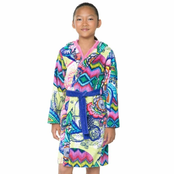 peignoir-de-bain-enfant-desigual-3-suisses-resized