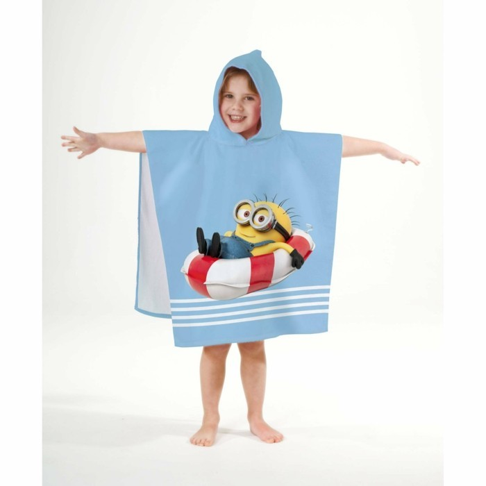peignoir-de-bain-enfant-minion-qui-nage-3-suisses-resized
