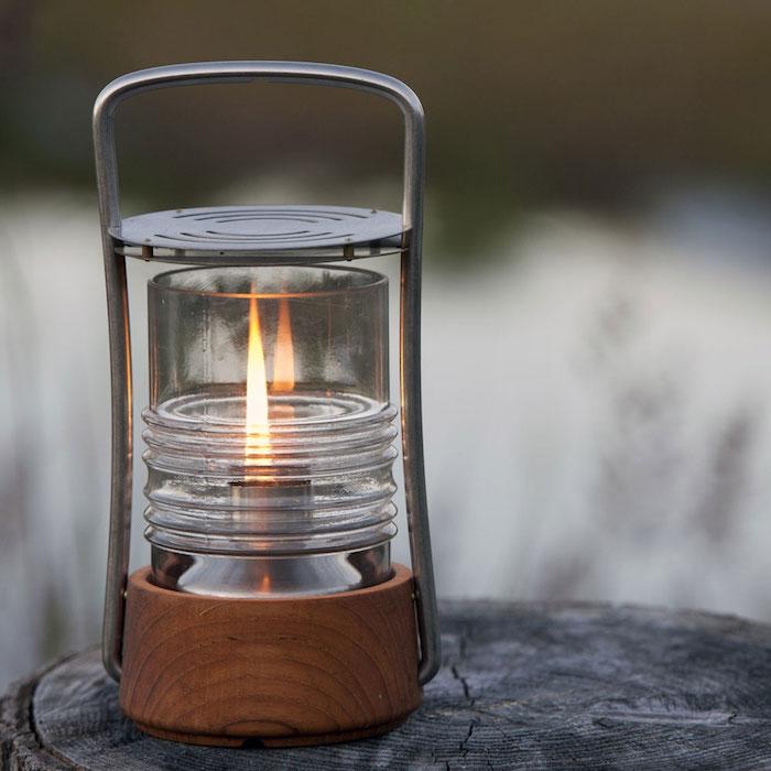 petite-lampe-a-huile-petrole-design-skagerak-pullert