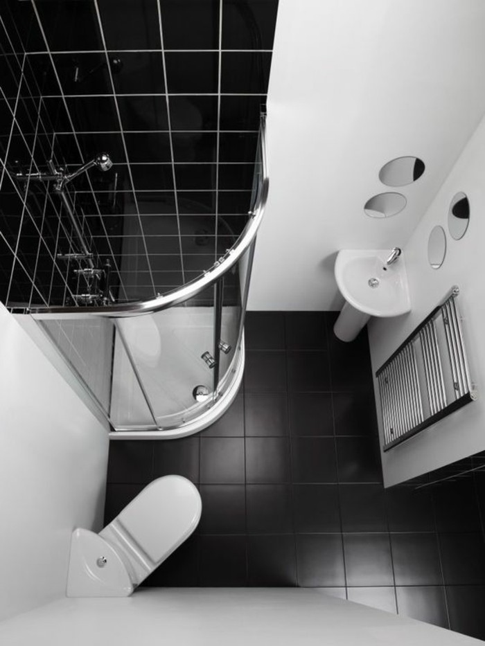 Comment am nager une salle de bain 4m2 for Petite salle de douche noir et blanc