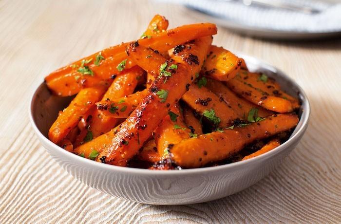 que-planter-en-septembre-carotte-semis-recette-cuir