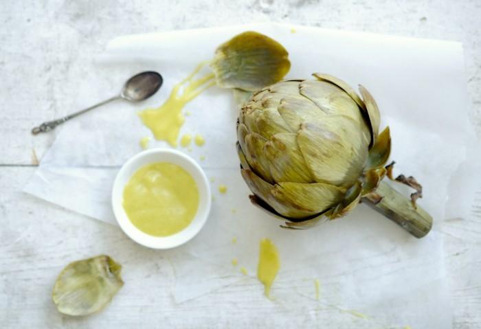 que-planter-en-septembre-legume-artichaut-vinaigrette