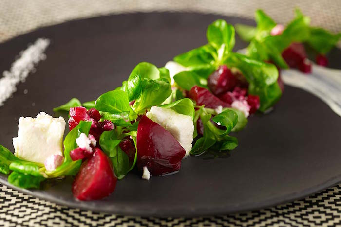que-planter-en-septembre-legume-mache-salade-betterave
