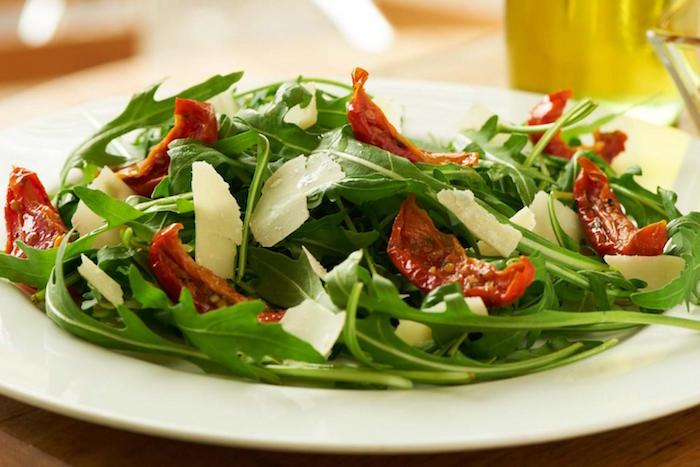 que-planter-en-septembre-legume-roquette-salade