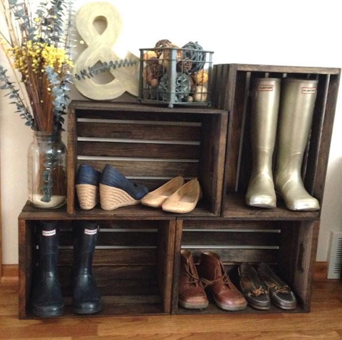Diy recycler une caisse en bois deco en 40 id es - Fabriquer un meuble chaussure ...