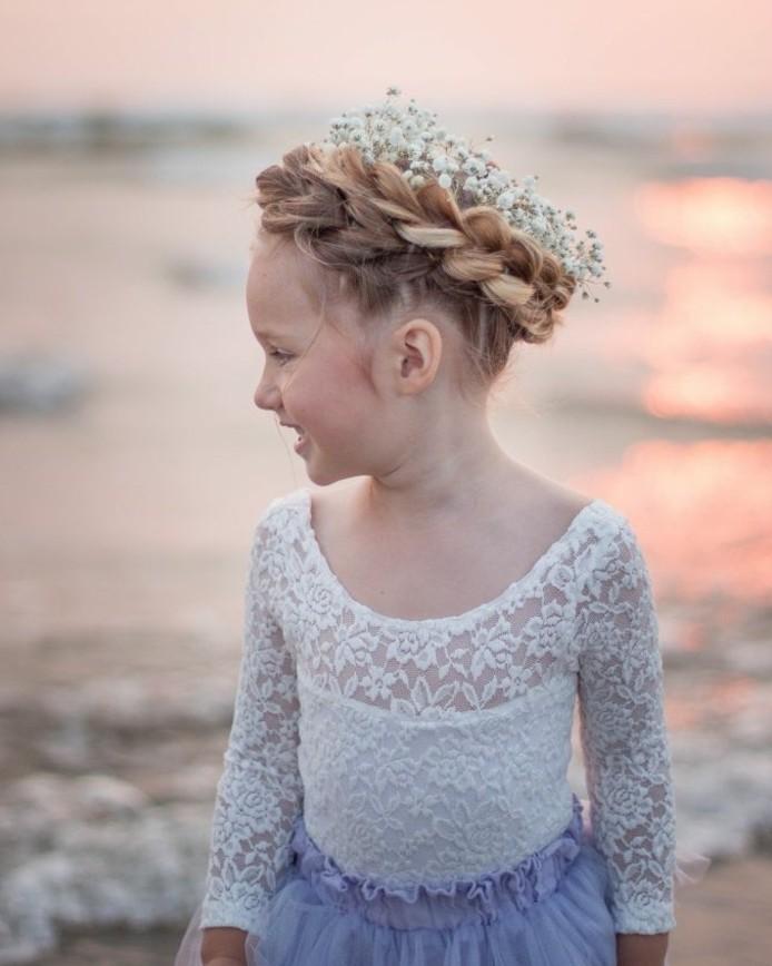 tresse-couronne-magnifique-idee-coiffure-petite-fille-mariage