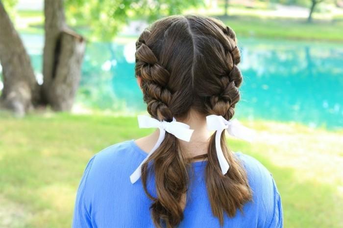 tresse-tres-classiques-coiffure-fillette-tres-mignonne-et-extremement-sympa