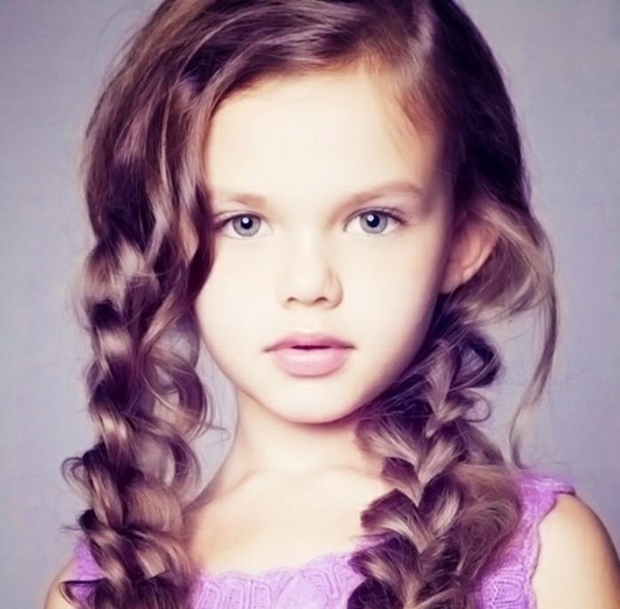 tresses-cheveux-longs-coiffure-petite-fille-geniale