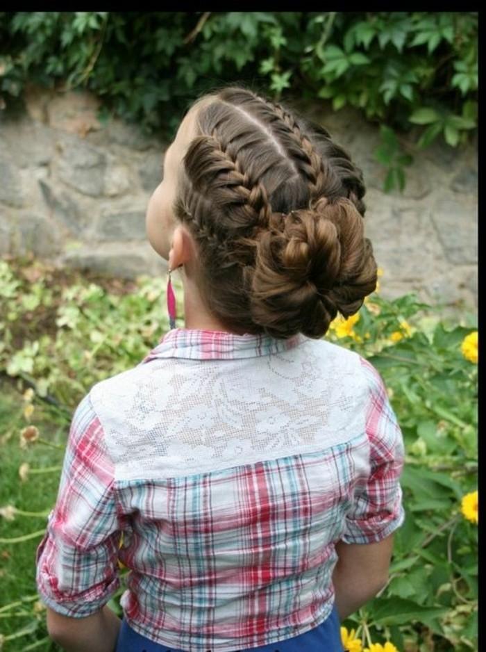 une-coiffure-extremement-jolie-tresses-et-chignon