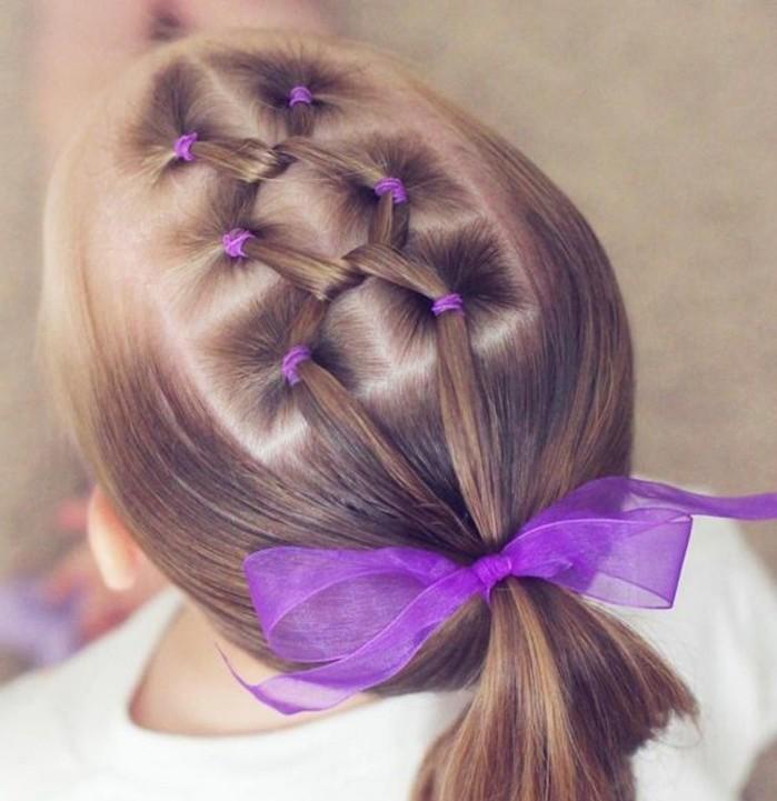 une-coiffure-fillette-creative-pour-votre-petite-ange