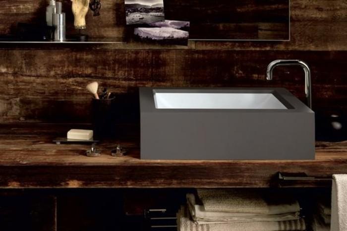 vasque-a-poser-rectangulaire-vasque-noire-sur-meble-bois-fonce