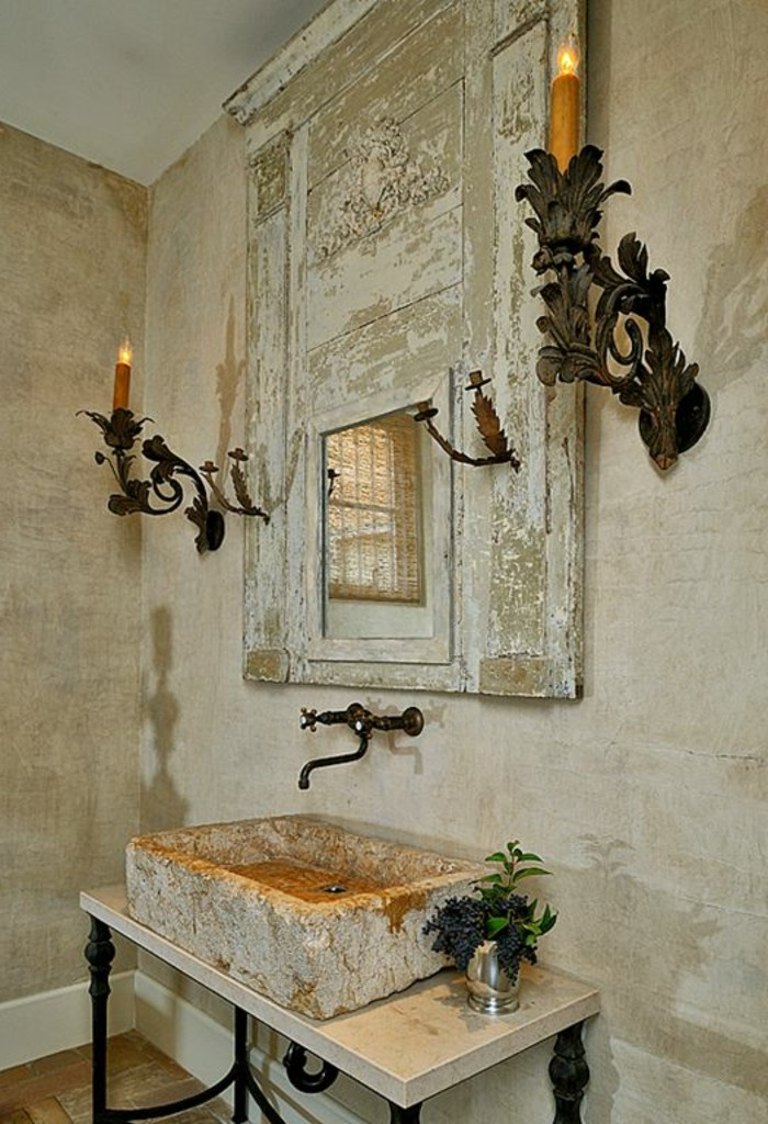 vasque-salle-de-bain-bougies-miroir-creme