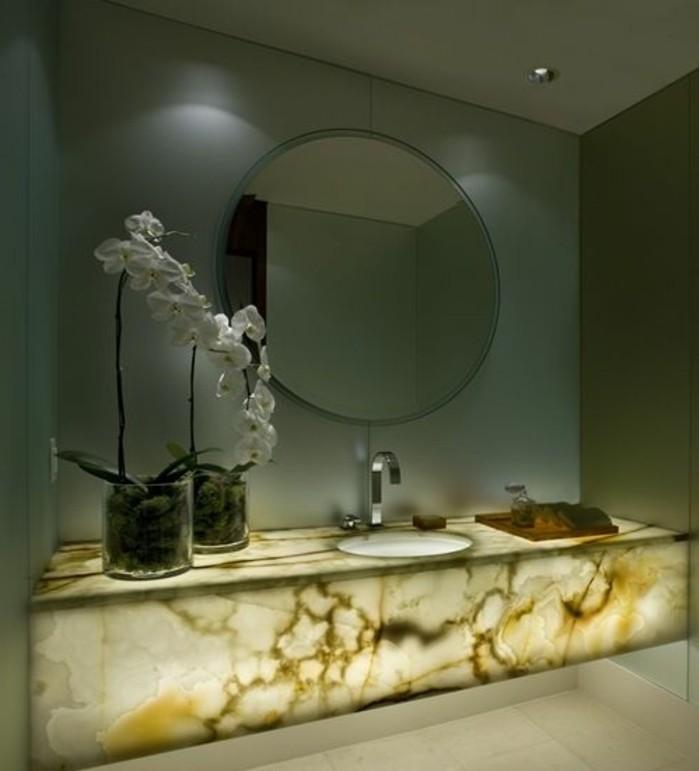 vasque-salle-de-bain-chic-cher-rond-miroir-carreau