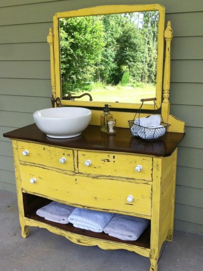 vasque-salle-de-bain-jaune-blanc-marbre