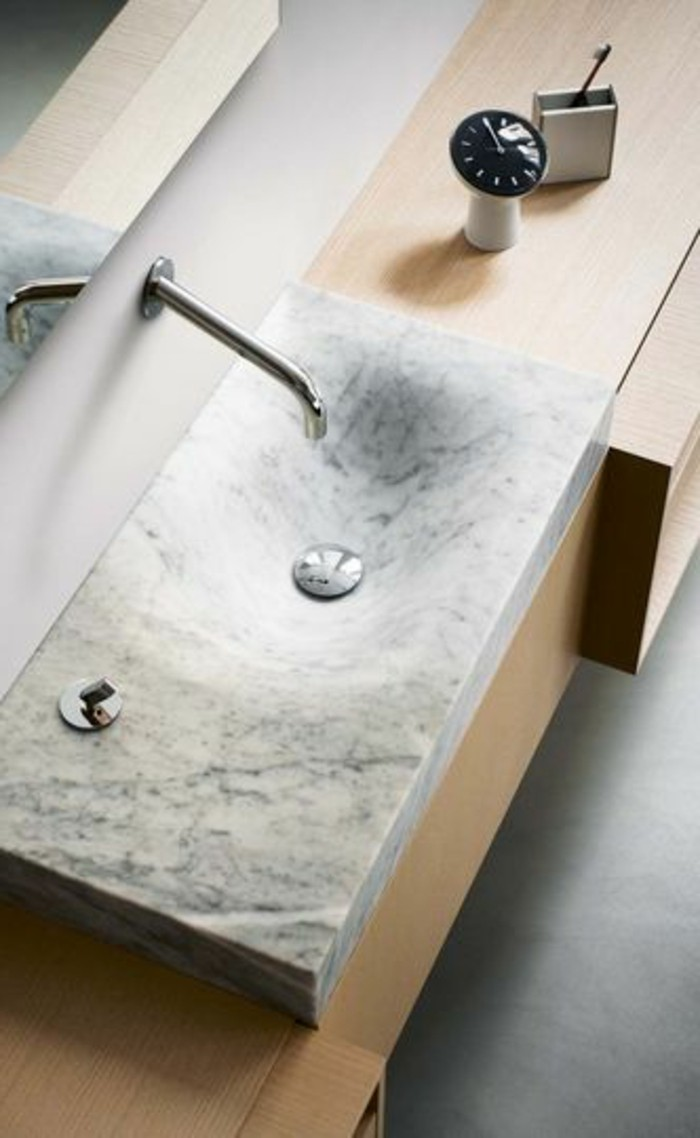 vasque au sol salle de bain vasque-salle-de-bain-marbre-bois-sol