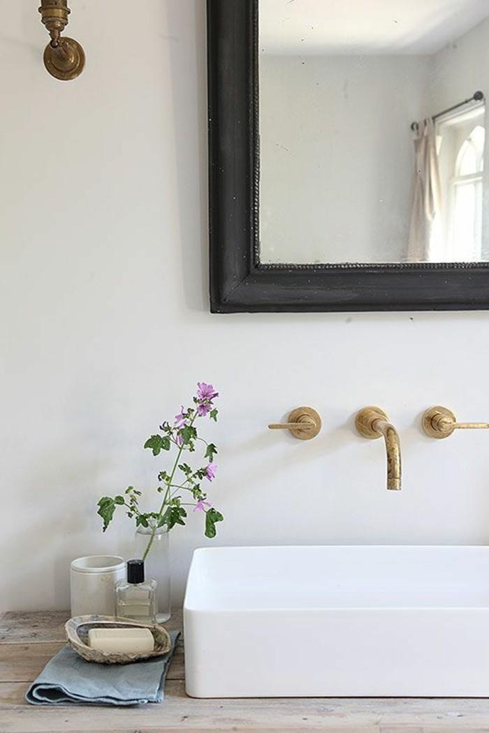 vasque-salle-de-bain-miroir-cadre-marron