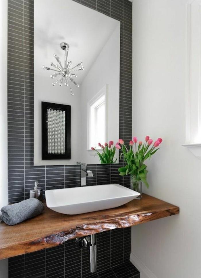 vasque-salle-de-bain-rose-fleurs-bois-marbre-blanc