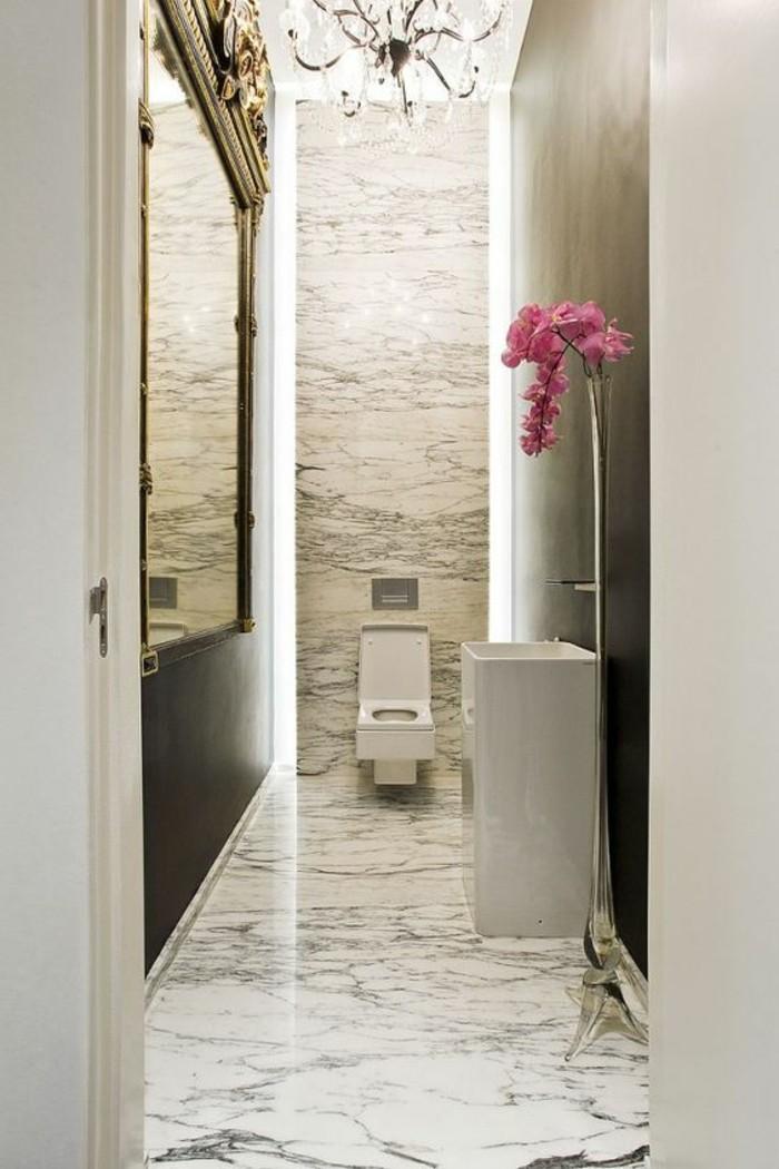 vasque-salle-de-bain-une-idee-original-blanc-rose-fleur