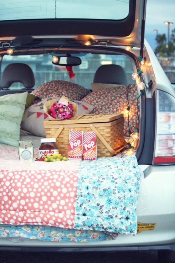 voiture-superbe-idee-saint-valentin-originale-et-cool-a-la-voiture-pique-nique