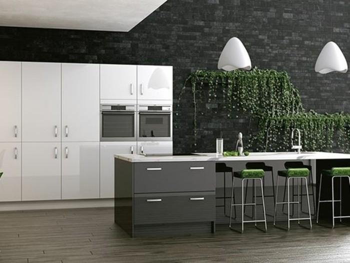 Cuisine gris anthracite 56 id es pour une cuisine chic for Table de salle a manger contre un mur