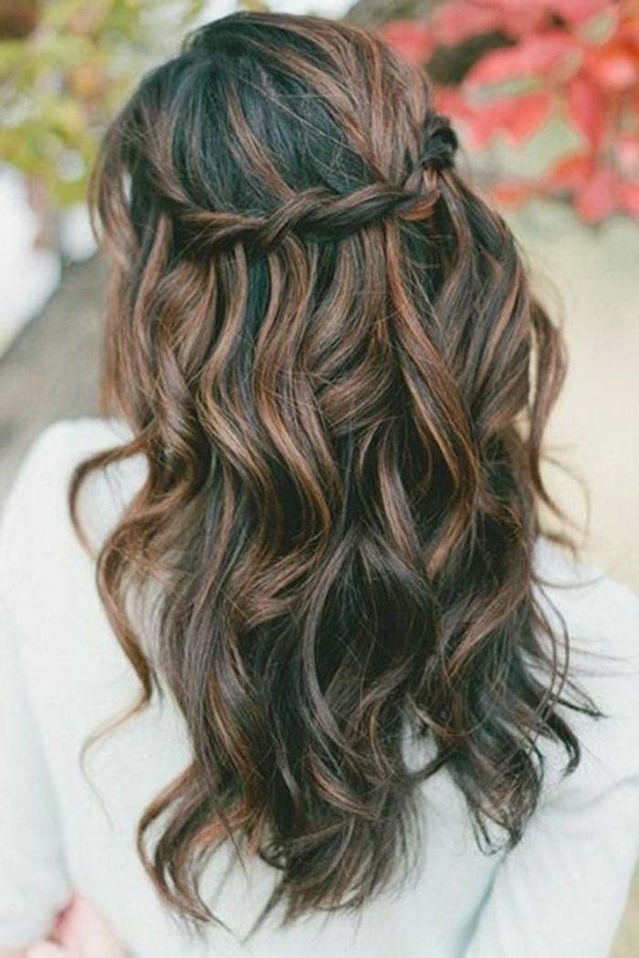 0-idee-coiffure-brune-couleur-marron-glace-optez-pour-les-cheveux-librement-tombant