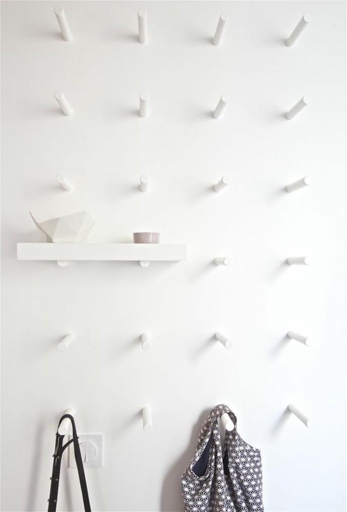 01-meuble-dentree-vestiaire-un-mur-blanc