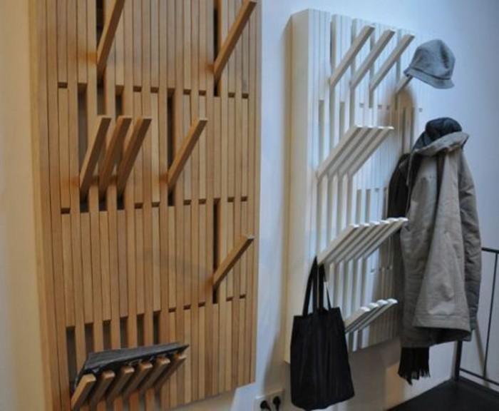 06-amenager-une-entree-deux-panneau-porte-manteaux-sur-le-mur