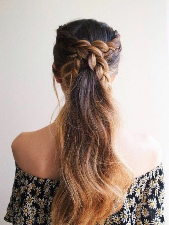 1-coiffure-cheveux-longs-tresse-chatain-fonce-idee-pour-coiffure