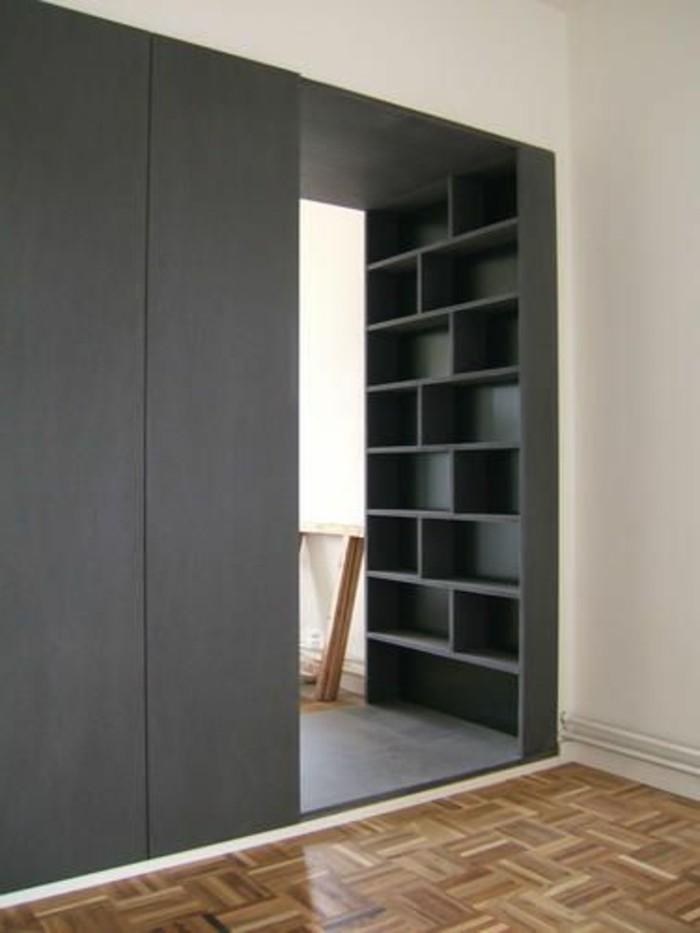 11-amenager-une-entree-un-mur-gris-parquet-sur-le-sol