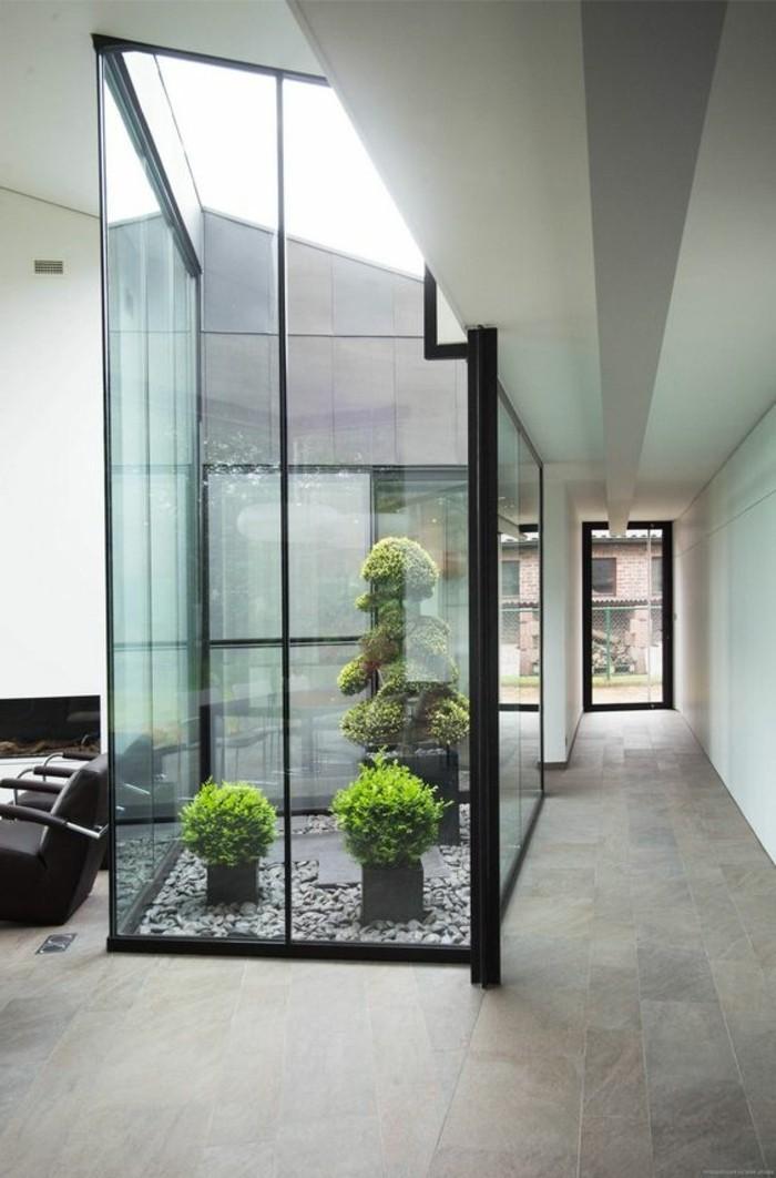 11-deco-couloir-quelques-plantes-vertes